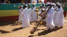 benishangul_gumuz_people_in_their_tradishional_dress_and_musical_instrument