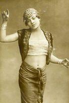 dac2927bace30944d191f05aabea5e01--rustic-photographs-egyptian-women