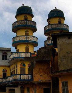 ccb98c19c8e6b0e063de171bca216885--beautiful-mosques-benin